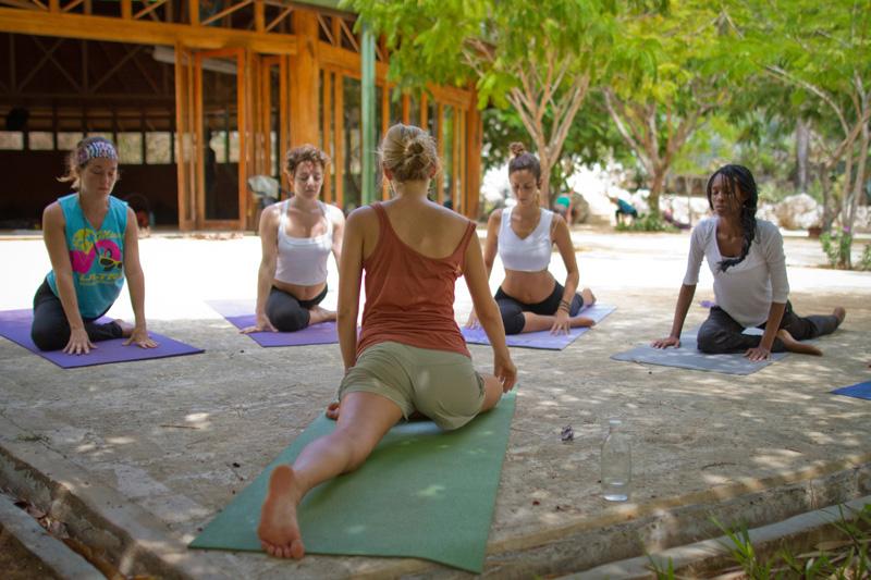 yoga-oshohall
