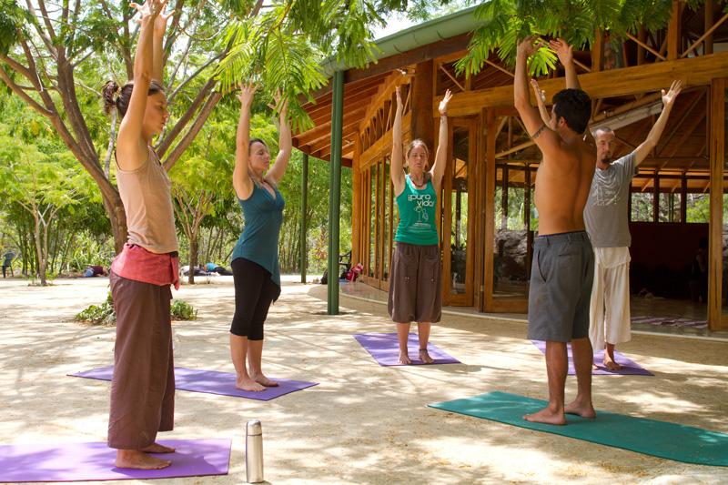yoga-oshohall2