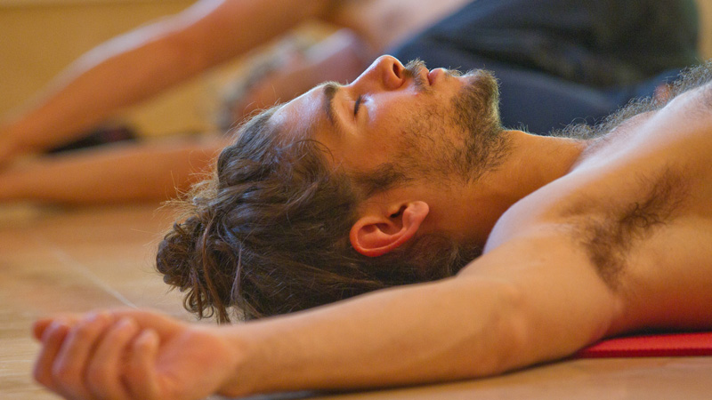 yoga-shivasana1