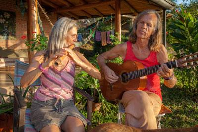 Gitama-Kabir-singing-music-guitar-flute